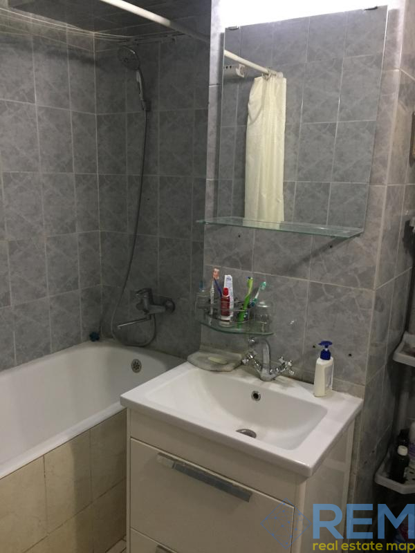 продажа трехкомнатной квартиры номер A-144434 в Приморском районе, фото номер 12